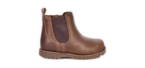 Ugg T Callum Brown